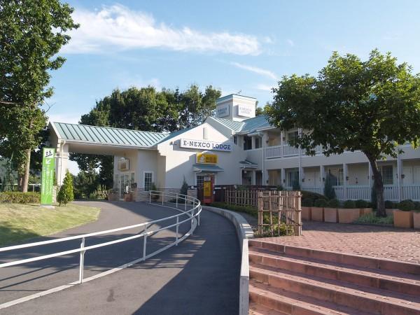 1280px-E-Nexco-Lodge-Sano wiki